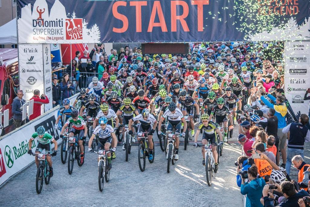 Dolomiti-Superbike-Start-2015