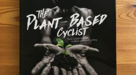 **BUCHTIPP // THE PLANT-BASED CYCLIST: